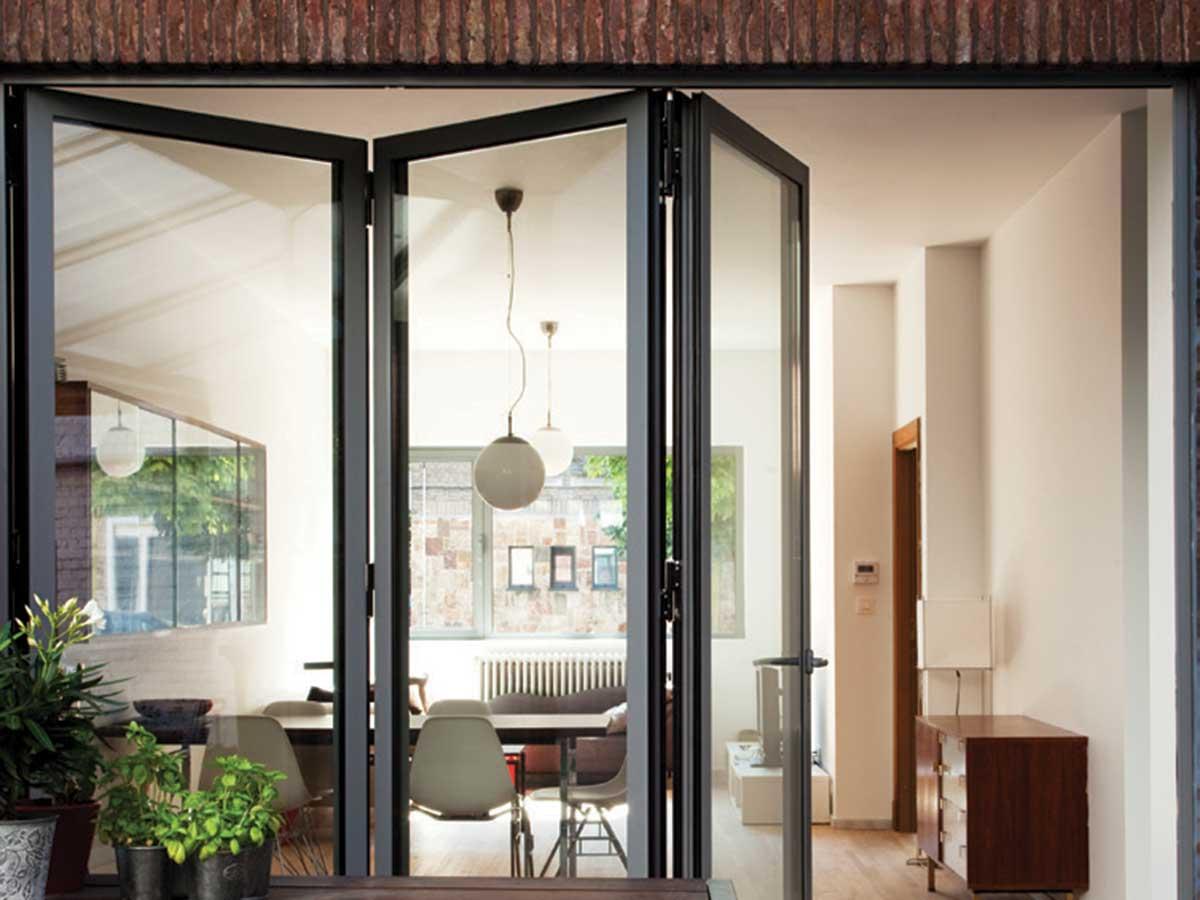 CF 77 aluminium bi-folding doors