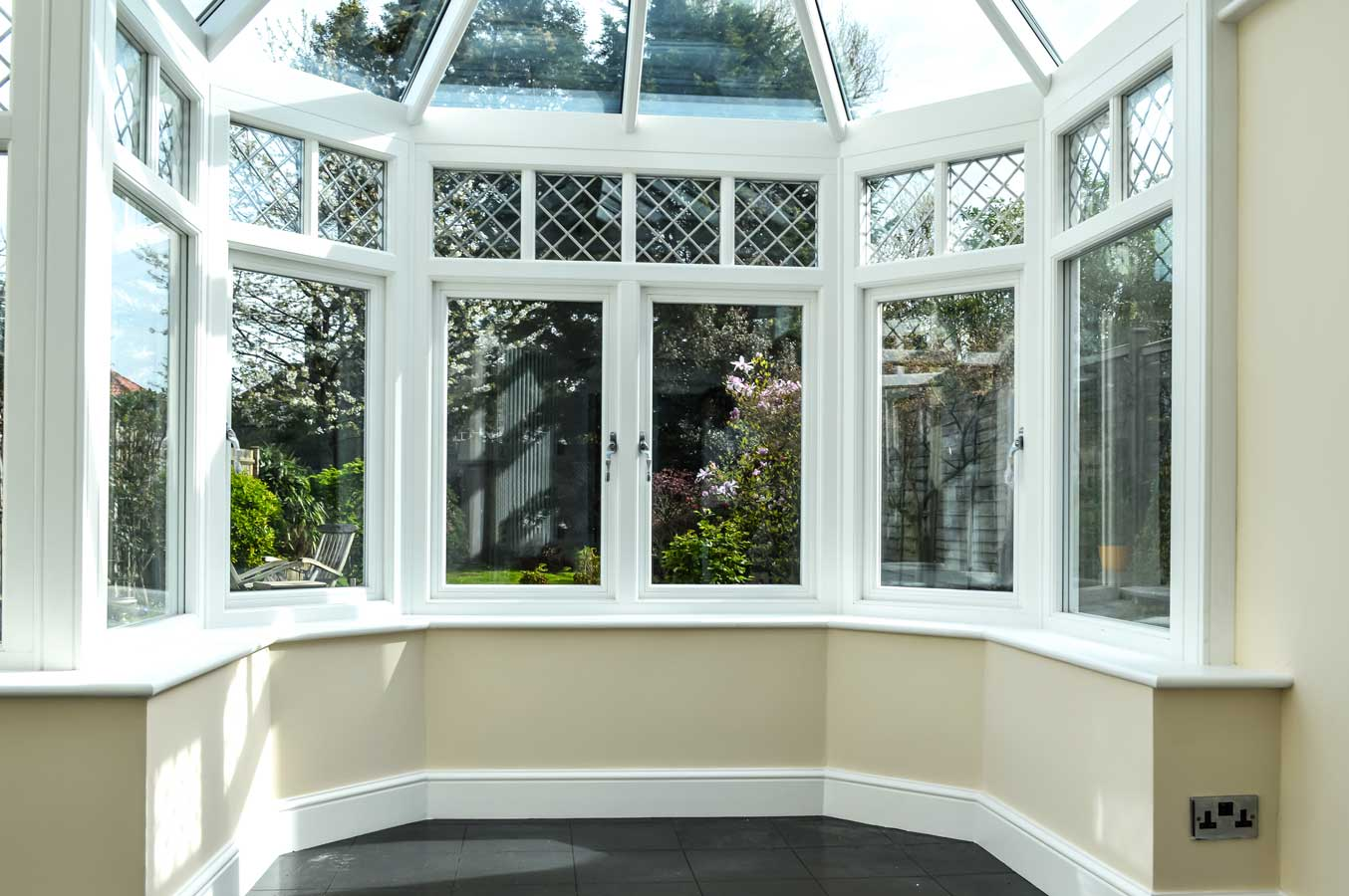 Timber Casement Bay Grabex Windows